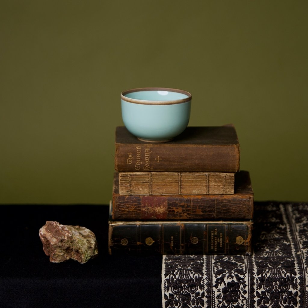 Rimmed Hermit Cup