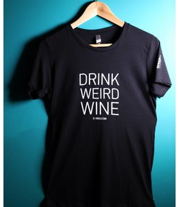 """T-shirt """"Drink Weird Wine"""""""