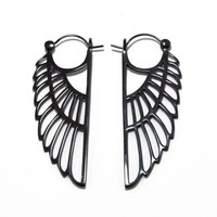 Isis Earring in Gunmetal