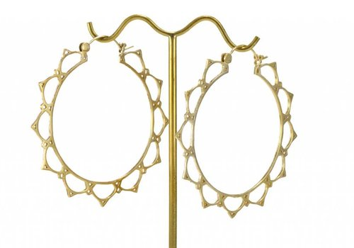 Tawapa Lace Lotus Hoop in Yellow Gold