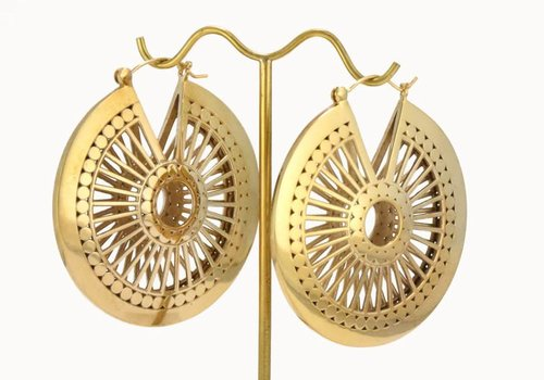 Tawapa Valkyrie Shield in Yellow Gold