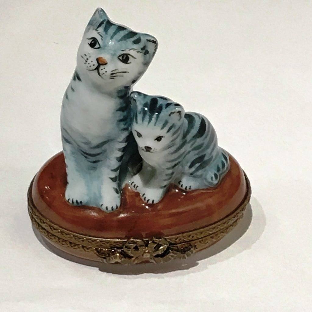 Limoges Cat & Kitten Trinket Box