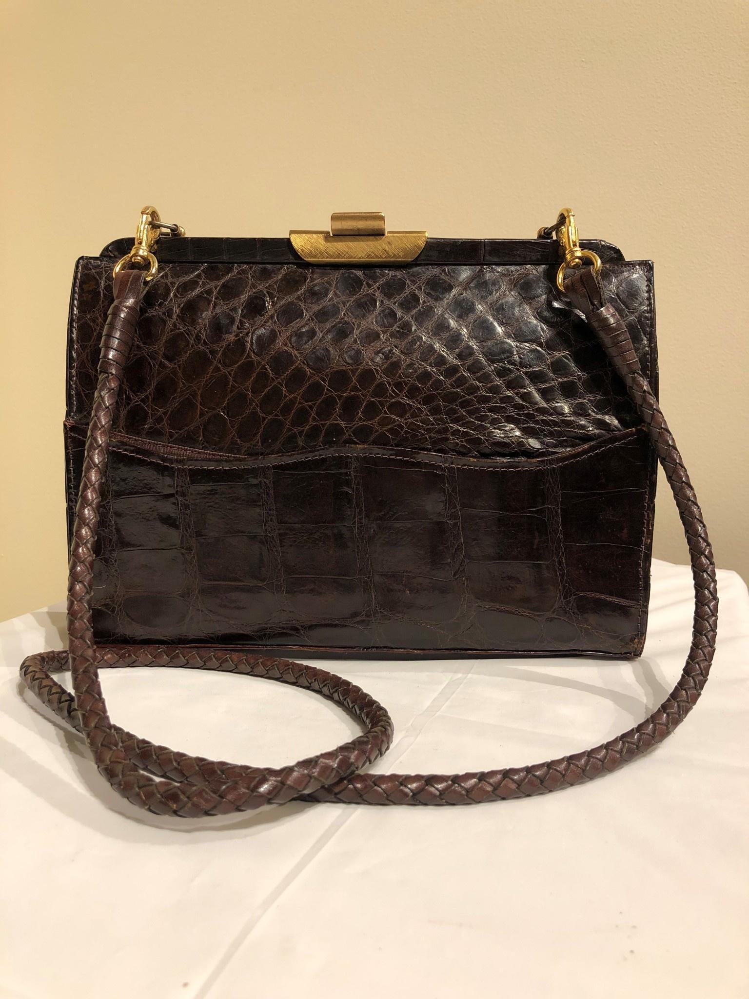 Tuerkes Alligator Leather Purse