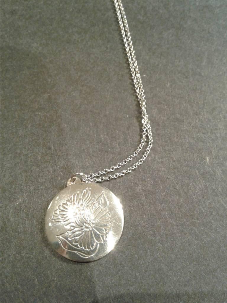 Sterling Chrysanthemum Necklace