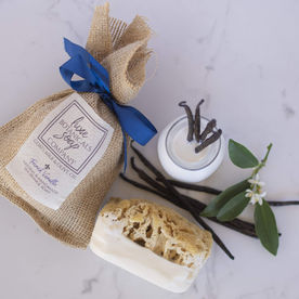 LUX BOTANICALS SOAPS SOAP W/ SPONGE FRENCH VANILLA