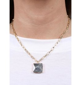 Margun link necklace with square stone pendant gray