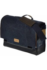Basil Basil Urban Fold Messenger bag Deep Denim Blue