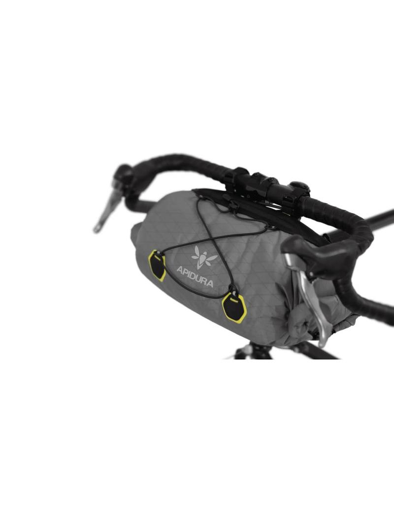Apidura Apidura Front Handlebar Pack, Regular size 20 litre (cycle touring/bikepacking bag)