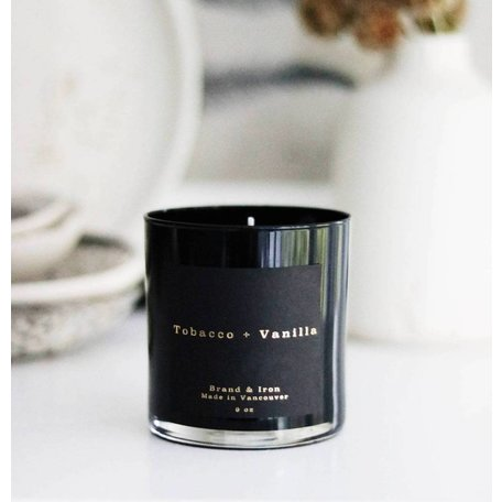 BOUGIE BRAND&IRON TABAC-VANILLE