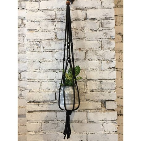 "TAI MACRAMÉ 30 ""BLACK WITH WOODEN BALLS"