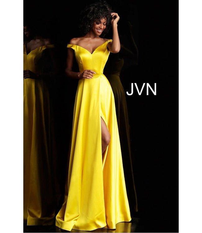 Jovani 67752 Robe coupe en A en satin à col en coeur