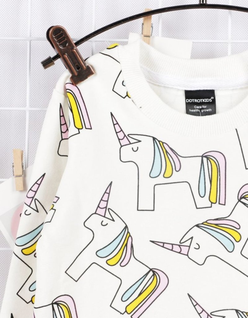 Baby Kiss Unicorn Crew Neck Sweatshirt