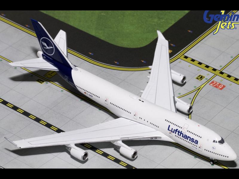 LUFTHANSA 747-400 1/400 NEW