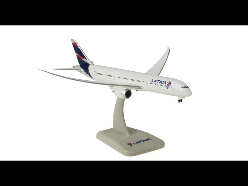 HOGAN LATAM 787-9 1/400