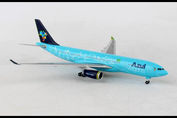 HERPA AZUL A330-200 1/500