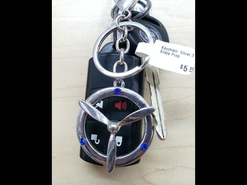 Keychain: Silver 3 Blade Prop