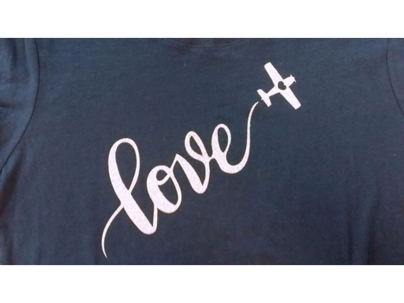 T-Shirt: Sky Written Love