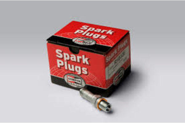 Champion Aerospace Champion Spark Plugs - RHM38S