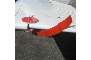 Aircraft Pad-Lok Gust Lock