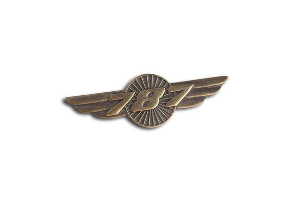 Pin: Wings 787
