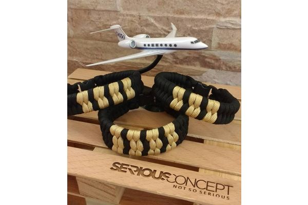Paracord Epaulette Bracelet: