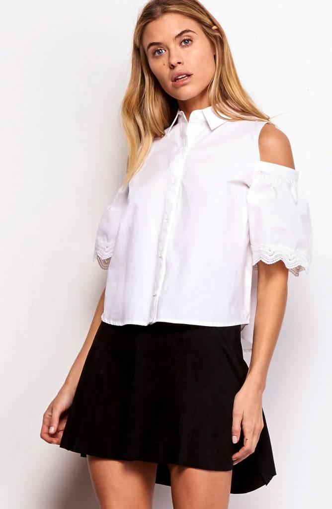 766b5d9c0d4 BB Dakota Elora Cold Shoulder Button Down Optic White - Femme Boutique