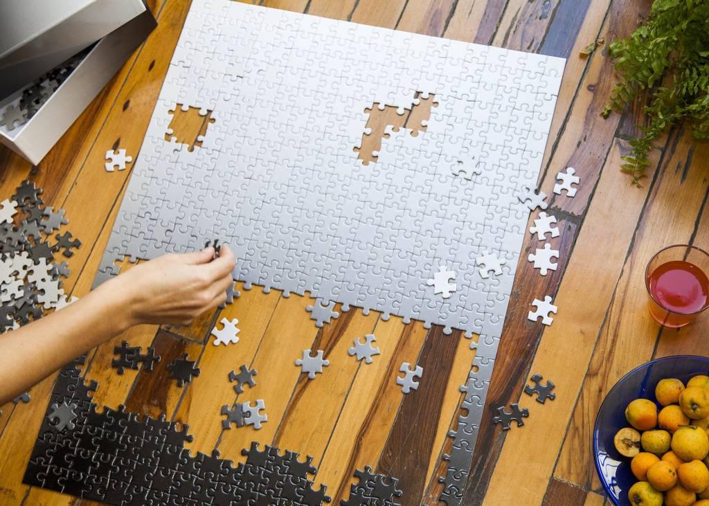 Areaware Gradient Puzzle Black to White