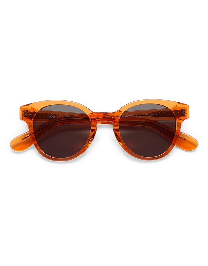 Sun Buddies Akira Sunglasses in Maple Syrup