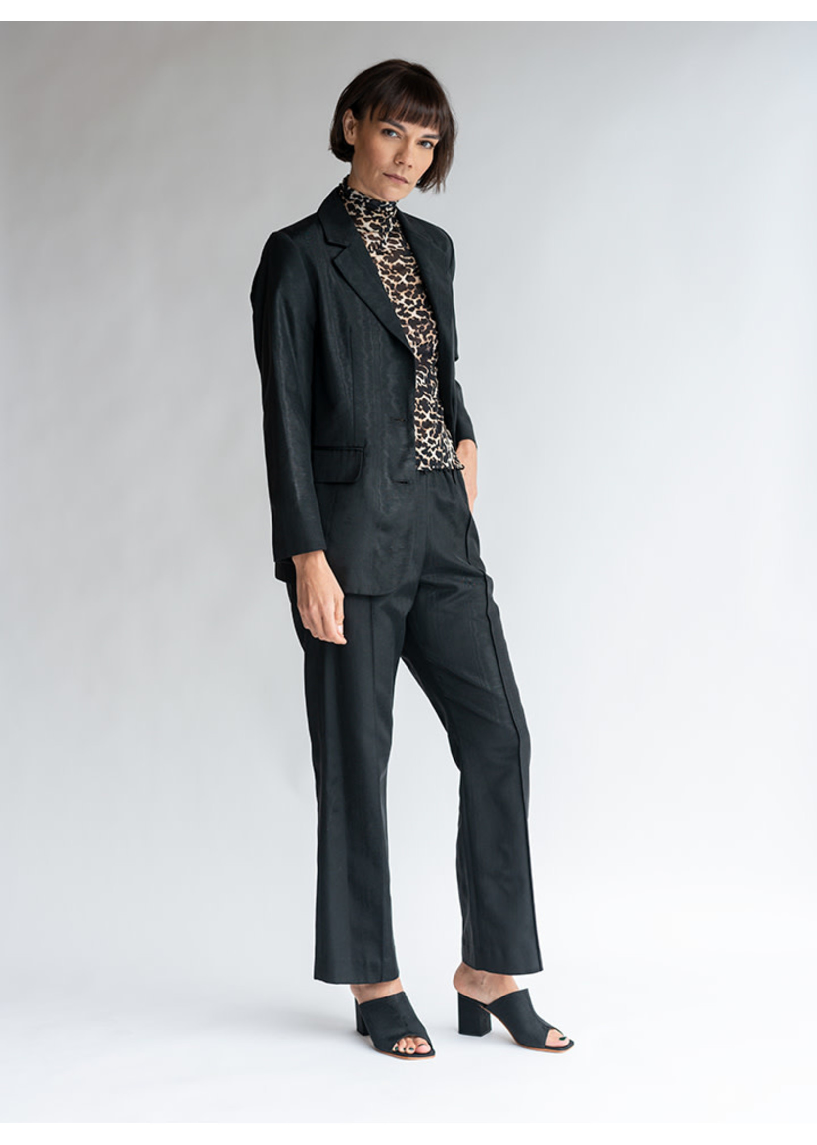 No.6 Quinlan Pant in Black Moire
