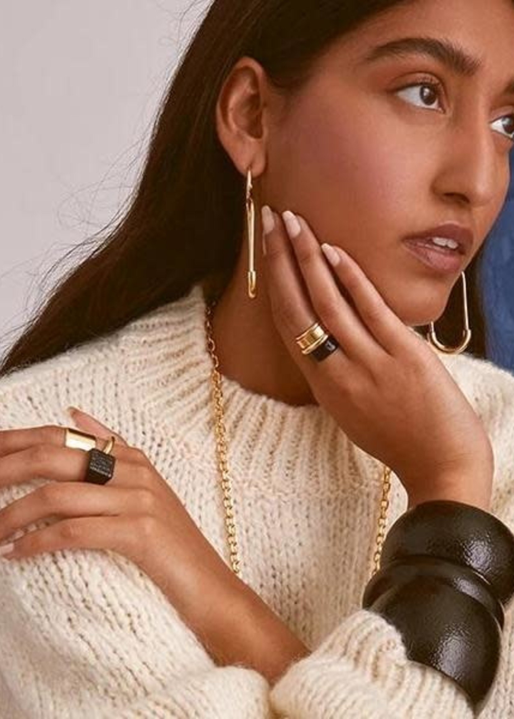 Lady Grey Essential Ring Set in Black and Gold