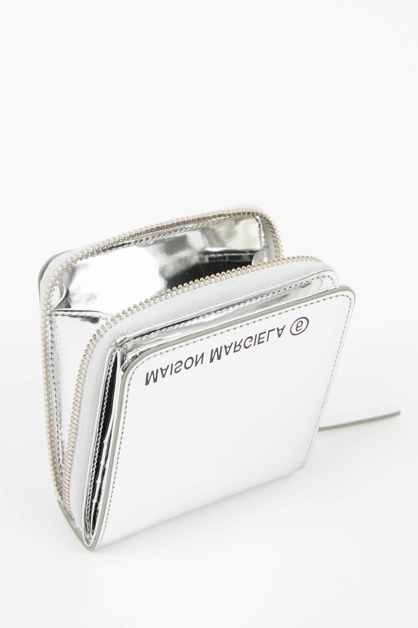 MM6 MAISON MARGIELA Metallic Silver Zip Logo Wallet