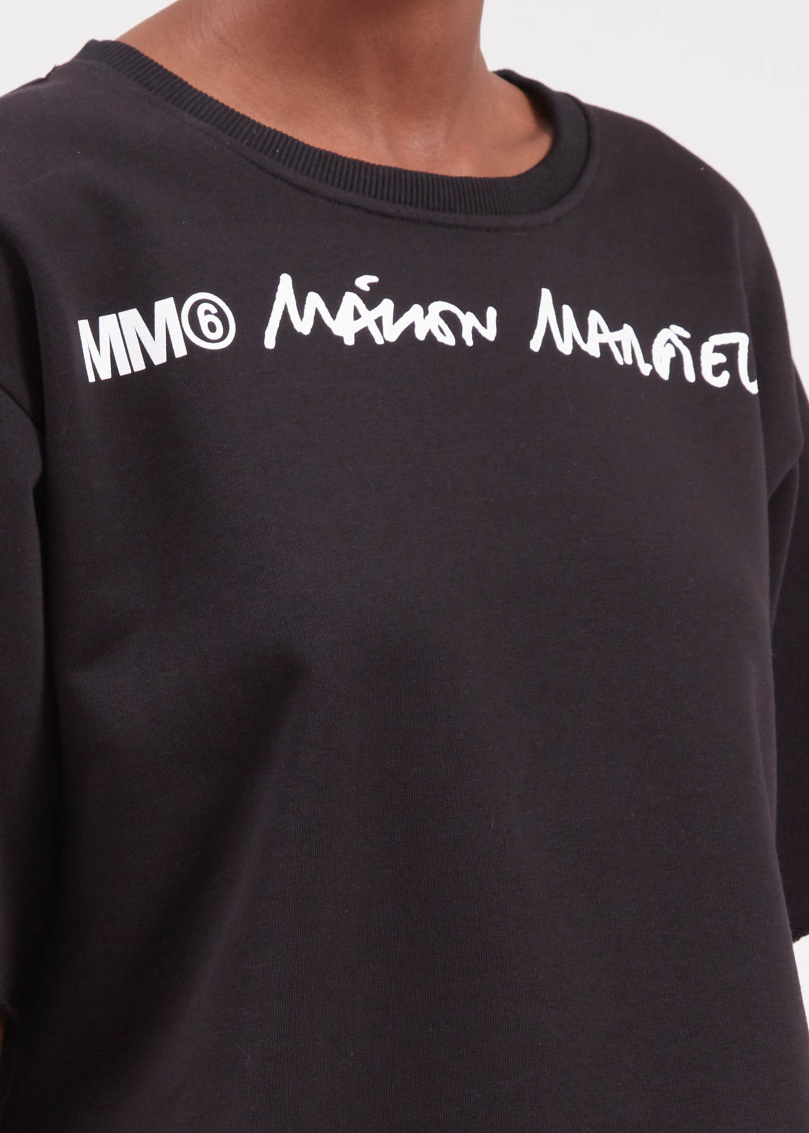 MM6 MAISON MARGIELA Cropped Logo Sweatshirt in Black