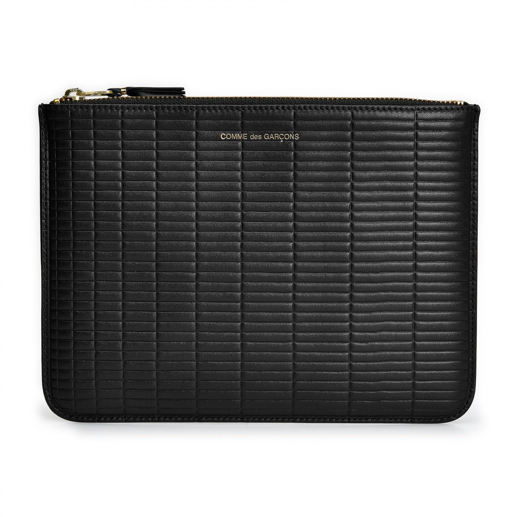 COMME des GARÇONS WALLET Large Pouch Embossed Brick Black SA5100BK