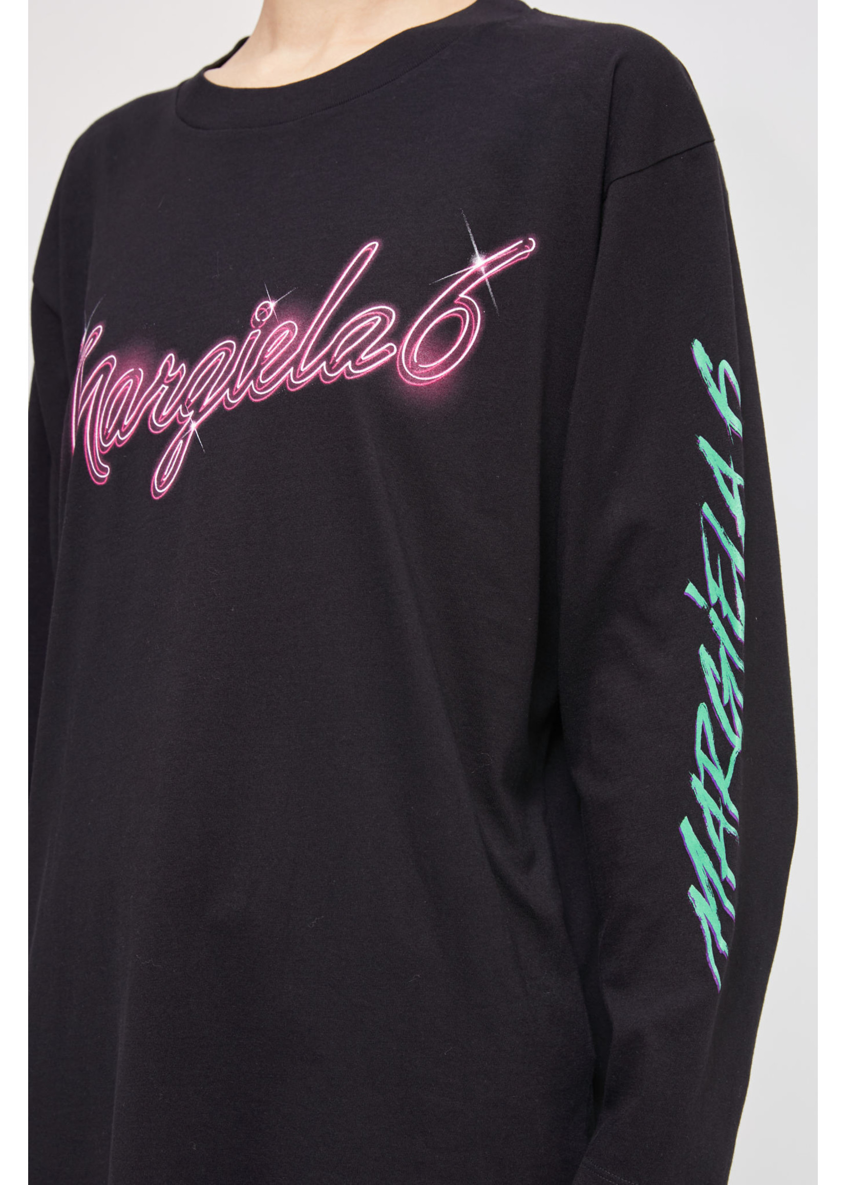 MM6 MAISON MARGIELA 6 Neon Logo Long Sleeved T-shirt