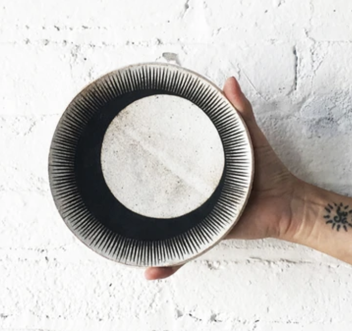 MQuan Crescent Eclipse Dish in Black