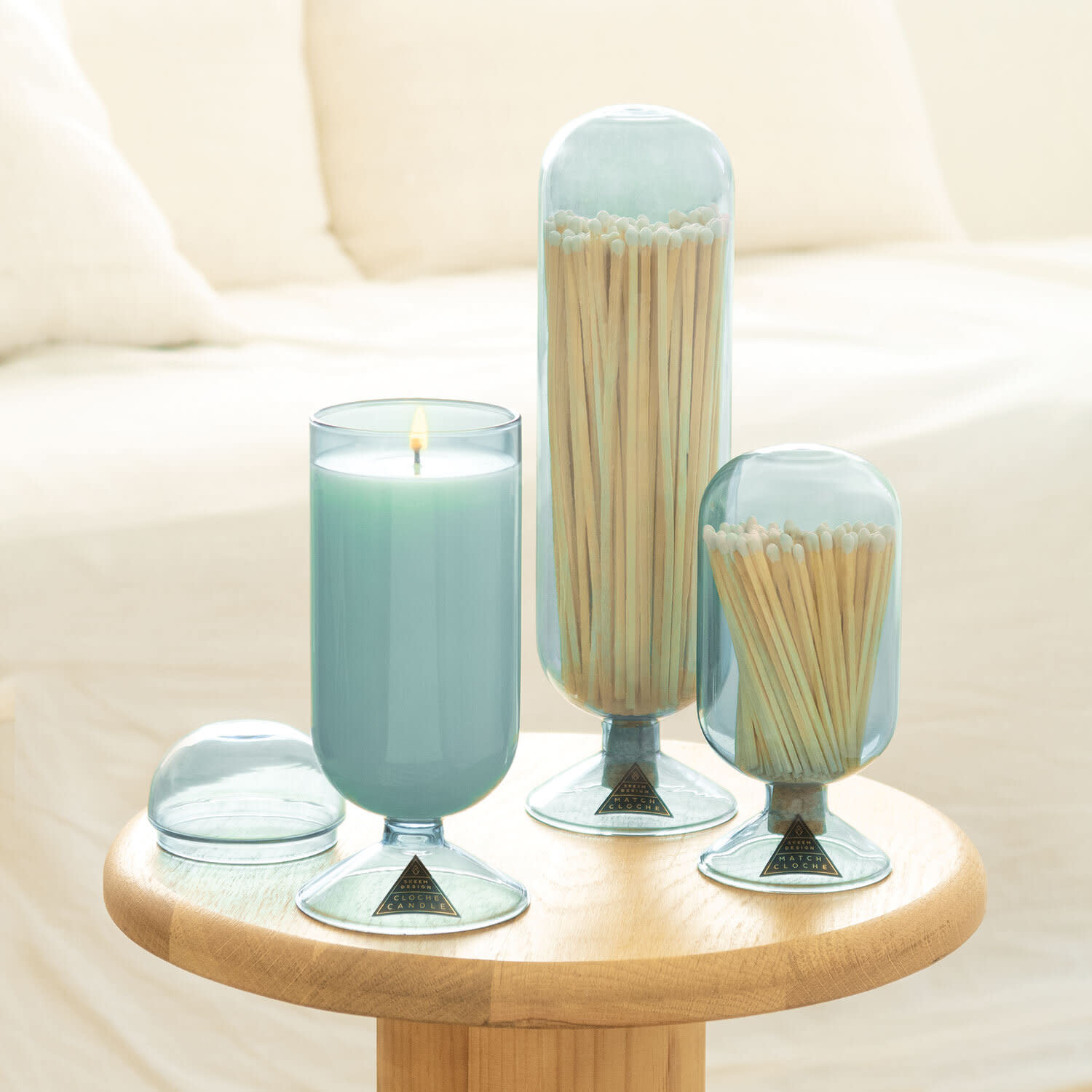 Violet Glass Candle Cloche in Currant & Thyme
