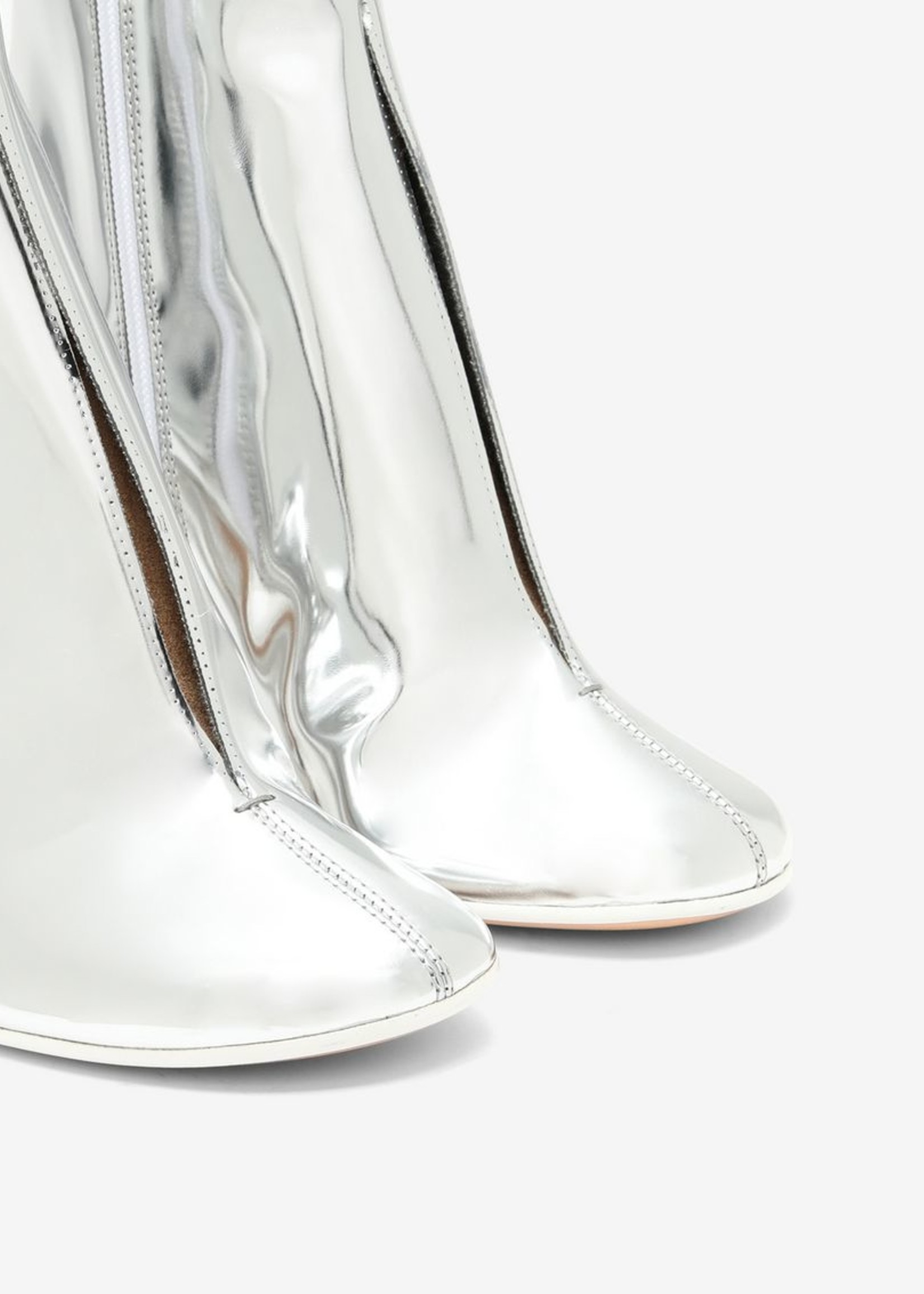 MM6 MAISON MARGIELA MM6 MAISON MARGIELA Split front Ankle boot in Mirror Silver