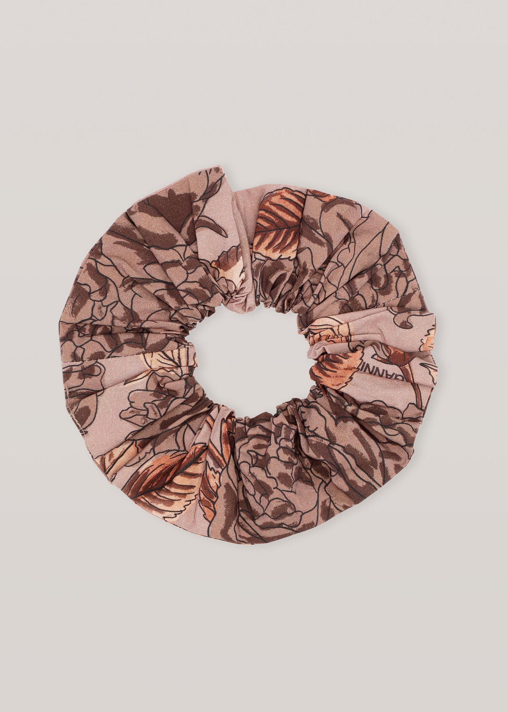 GANNI Floral Scrunchie in Fossil