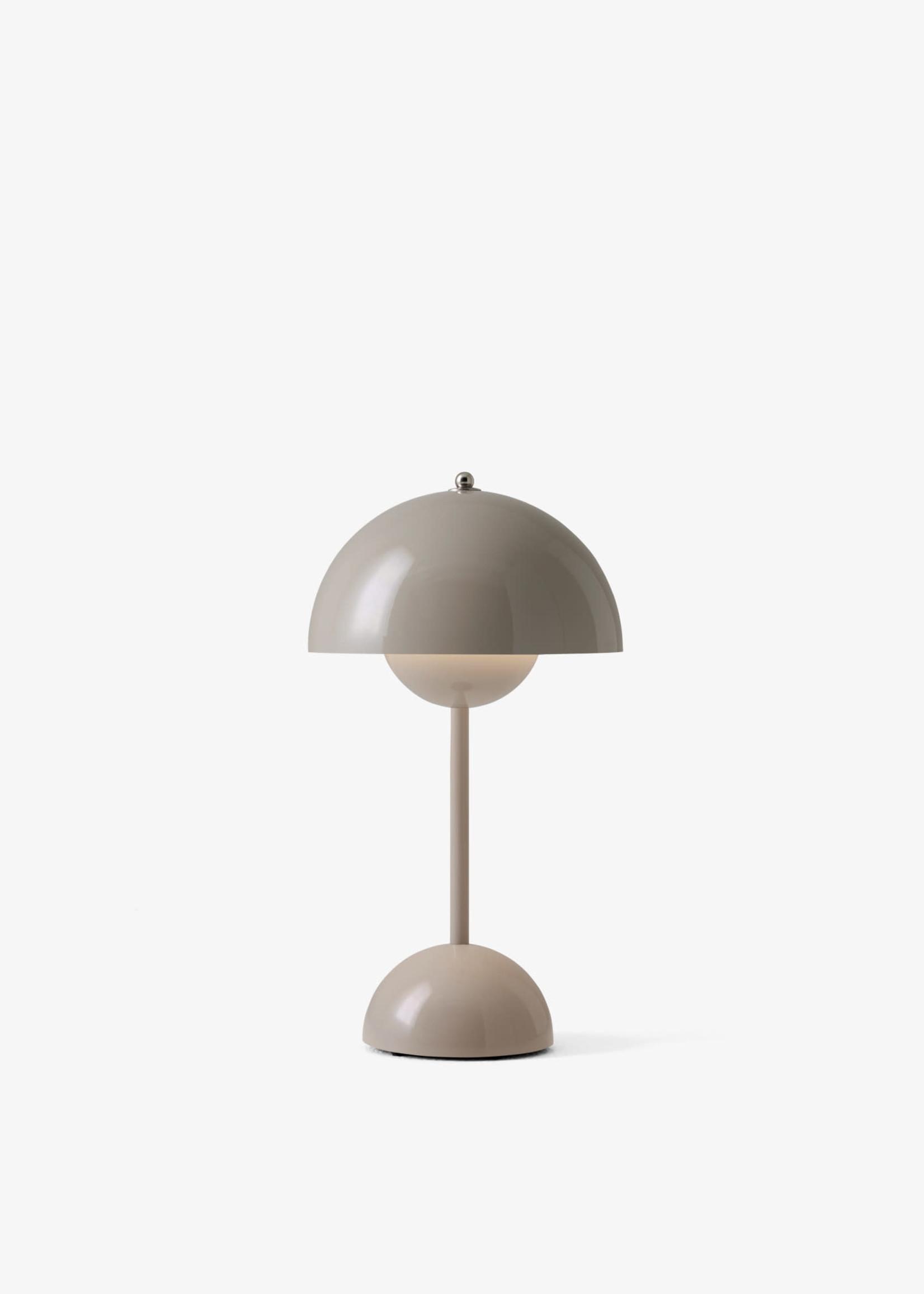 & Tradition Verner Panton Flower Pot Mini Lamp in Grey Beige