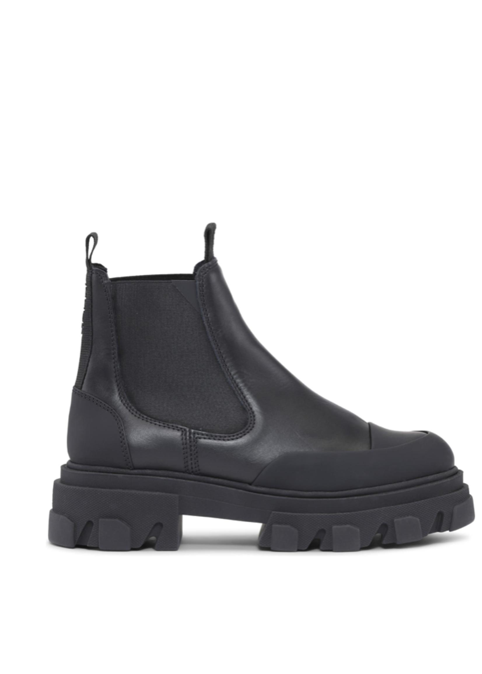 GANNI Low Chelsea Boot in Black