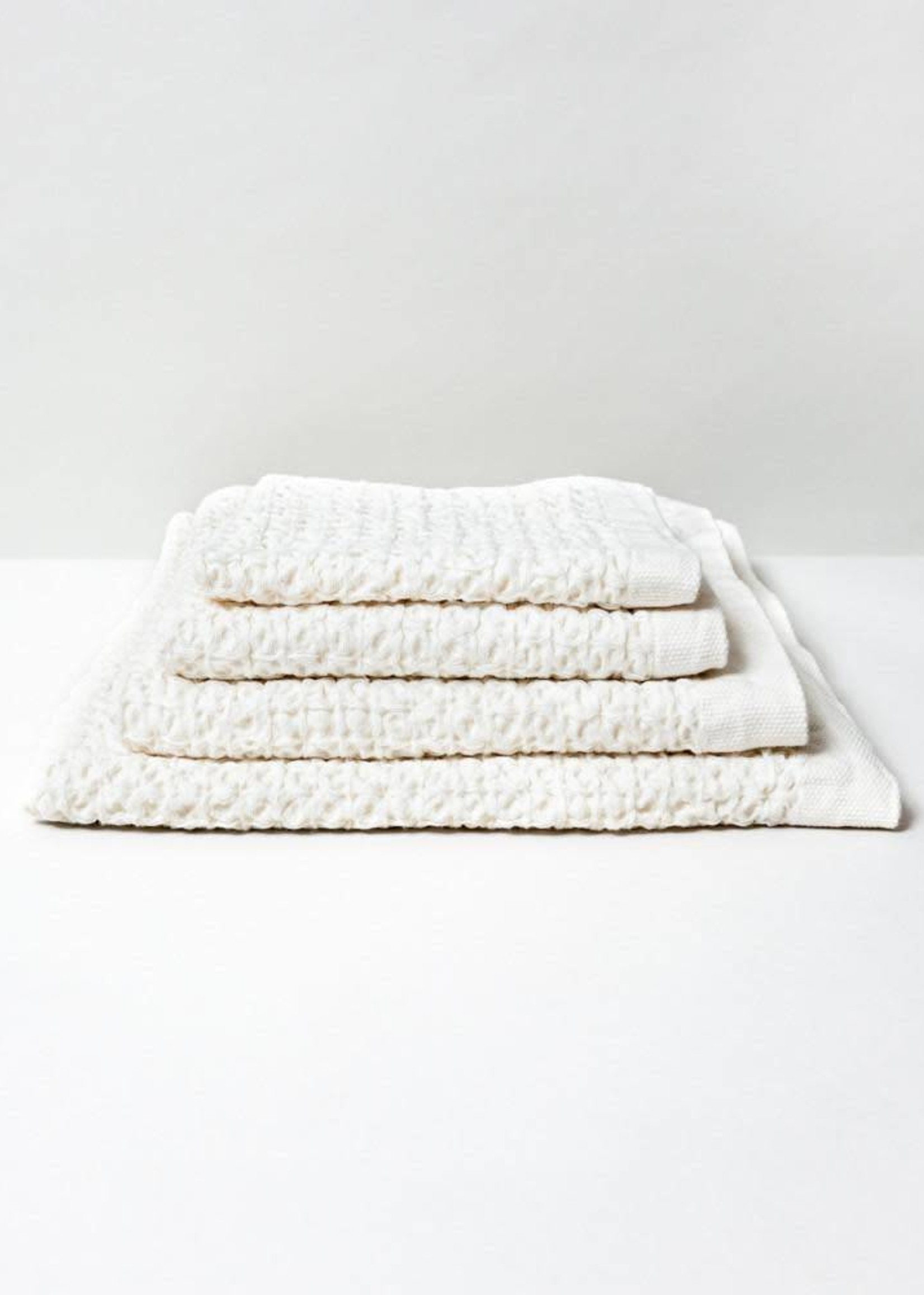 Morihata Lattice Linen Bath Towel: Ivory