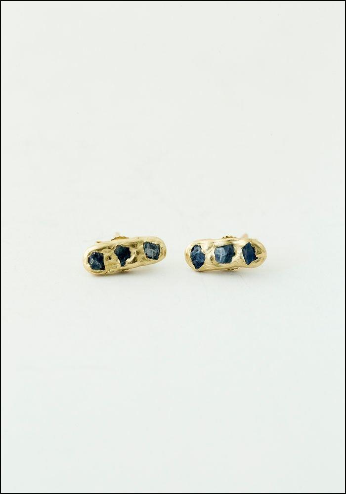 Emilie Shapiro Emilie Shapiro 14KT Blue Sapphire Mini Cobblestone Studs