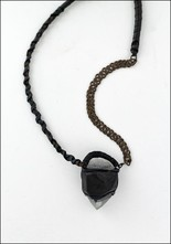 Design Aust Chain and Quartz Leather Necklace