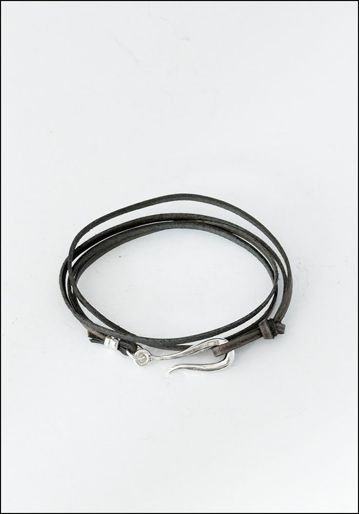 LHN LHN Small Grey Leather Hook Bracelet