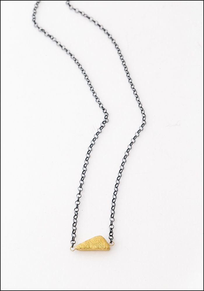 Tego Tego Triangular Seed Necklace