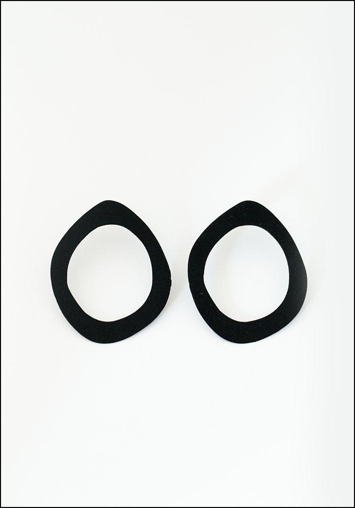 Sibilia Big Drop Black Earrings