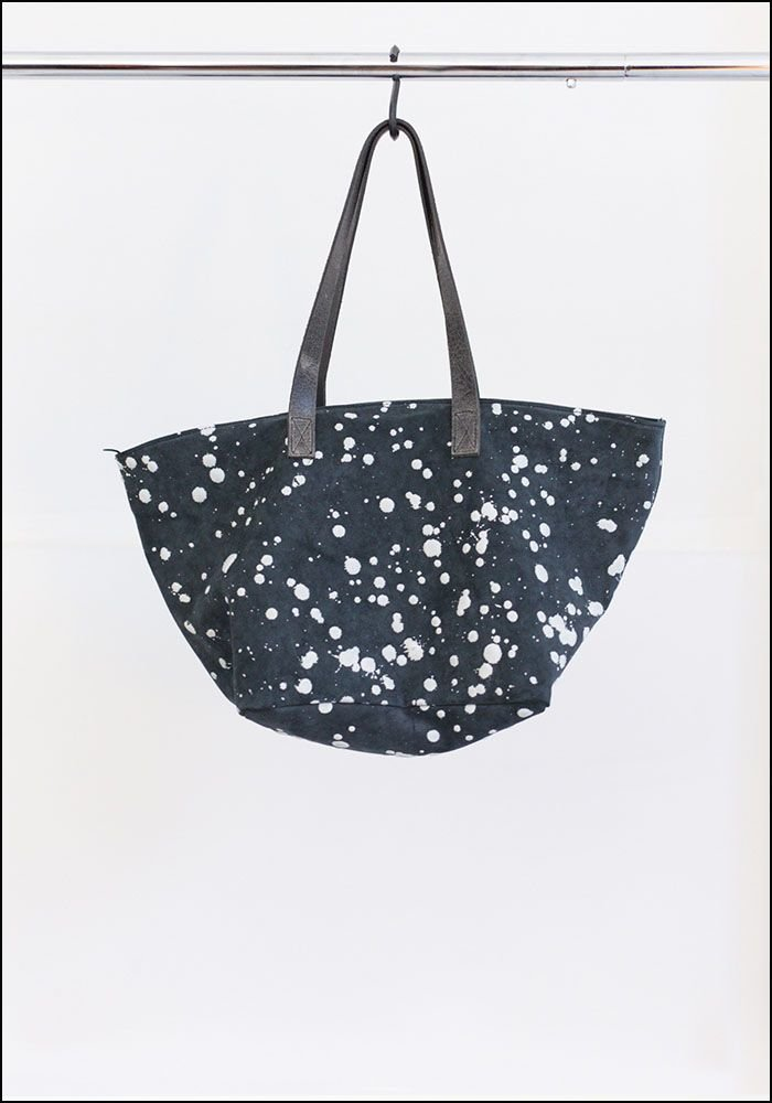 Saisei Zipper Leather Splatter Tote
