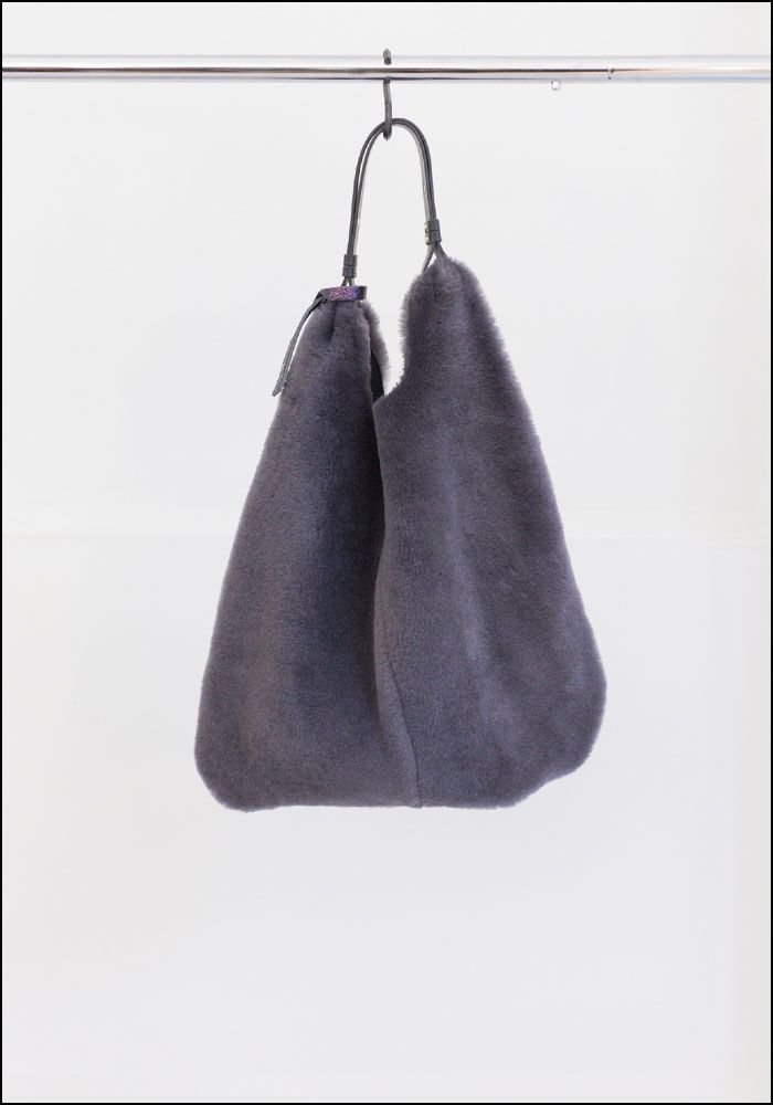 Anita Bilardi Anita Bilardi Leather Handle Grey Shearling Tote