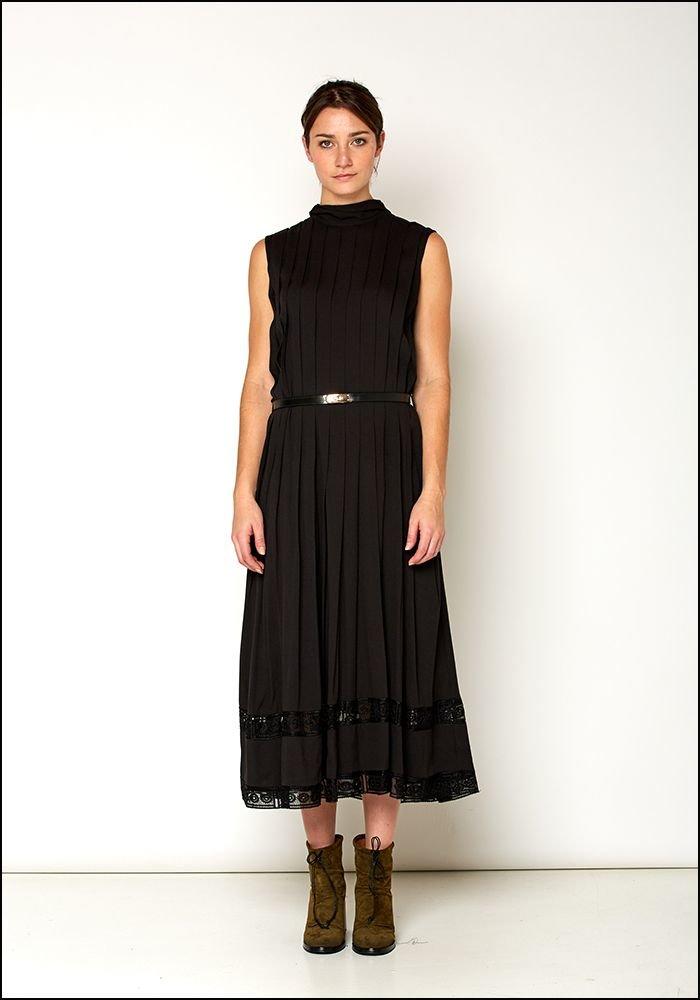 Love Binetti Love Binetti Black Lace Edged Pleat Dress