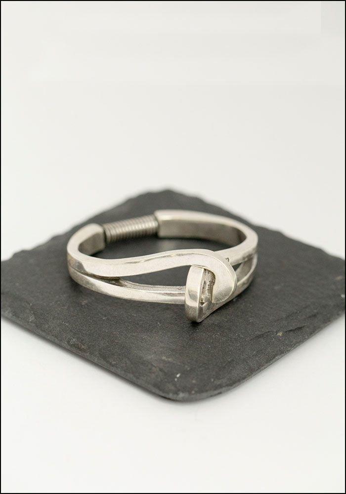 CXC Metal Twist Bracelet